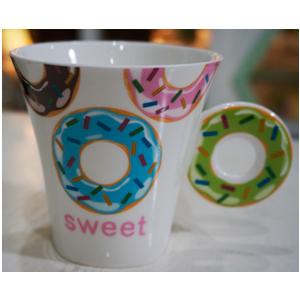 Taza para café Americano con asa diseño Rosquilla verde