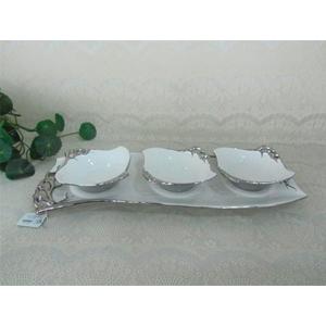 Juego d/3 tazones c/base de porcelana blanca c/filo y flores plateadas de 45cm