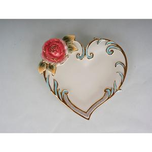 Plato diseño corazón con rosa