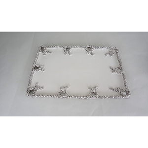 Plato rectangular de cerámica blanco con nudos platas en la orilla de 46x32x2.5cm