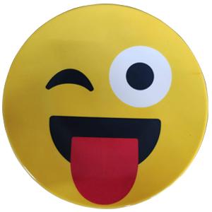 Plato de melamina diseño Emoji sacando la lengua de 15x15x2cm