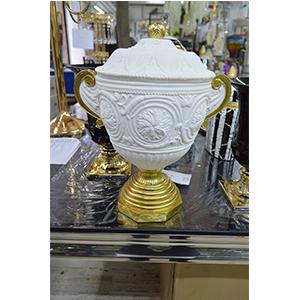 Vasija diseño romana en blanca con dorado de 32x23x39cm