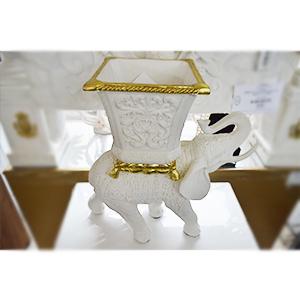 Macetero diseño Elefante en dorado y blanco de 46x23x47.5cm