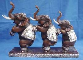 Trio de elefantes de la suerte en base de 26.25cm