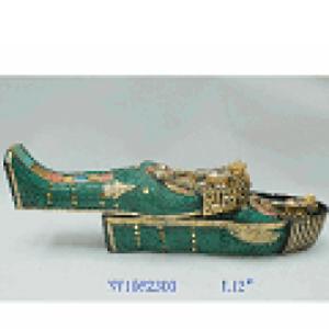 Sarcófago con momia Egipcia de resina de 32x13x16cm