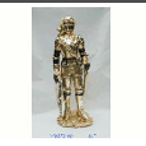 Caballero con armadura de resina de 21x19x55cm