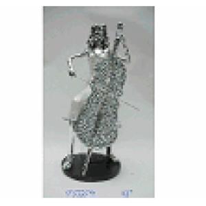 Mujer tocando el Violín de resina de 16x12x31cm