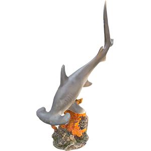 Tiburón de resina en Arrecife de 24x14x48cm
