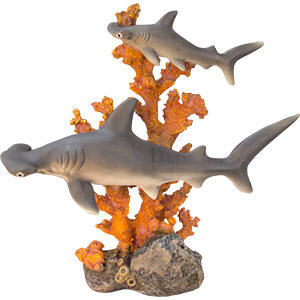 Tiburones de resina en Arrecife de 25x11x25cm