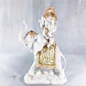Figura de Ganesh sentado en elefante de 25x12x28cm