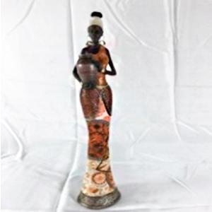 Figura de Mujer Africana con vestido café de 8x7x39.5cm