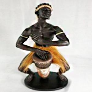 Figura de Hombre africano de 19x15x39cm