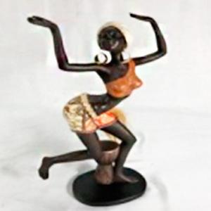 Figura de Mujer africana de 19x9x31cm