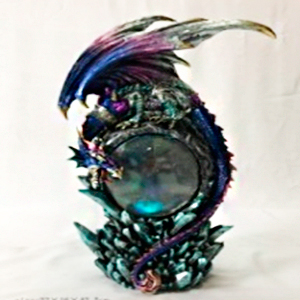 Decoración de dragón y esfera con luz de 22x16x42cm