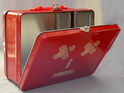 Caja de Lamina diseño Lonchera con Banditas de 22x17x9cm