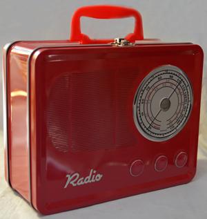 Caja de Lamina diseño Radio Antiguo rojo de 22x17x9cm