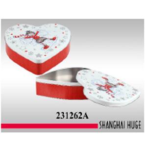 Caja de lámina diseño corazón con estampado navideño de 23x27x6cm