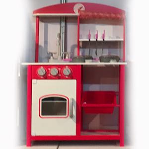 Cocinita infantil roja con accesorios de 60x27x83cm