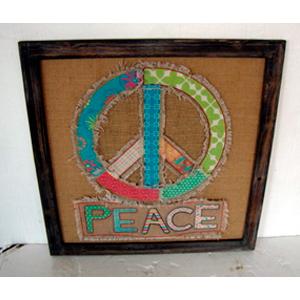 Cuadro de madera y yute c/símbolo de amor y paz de 60x60x1.7cm