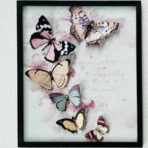 Cuadro rosa diseño Mariposas de colores de 40x48x2cm