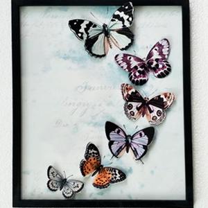 Cuadro azul diseño Mariposas de colores de 40x48x2cm