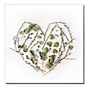 Cuadro diseño Corazón hecho con flores de 30x40x1.5cm