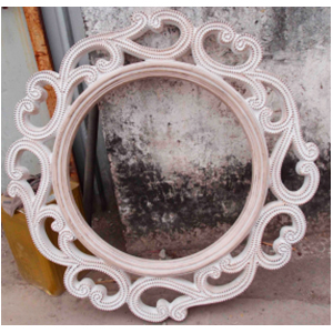 Marco con espejo redondo labrado diseño guías de 61x61cm