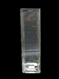 Florero de vidrio cuadrado alto  de 12 x h 40 cm