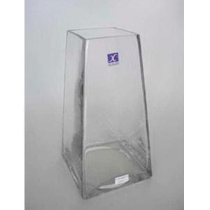 Florero de vidrio diseño pirámide truncada de 10x15.5x30cm
