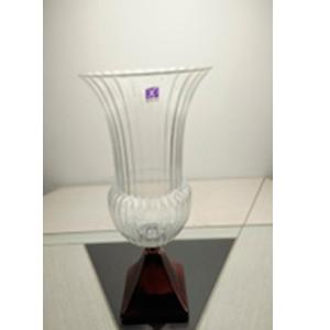 Florero de cristal diseño copa con base cobre de 19x12x32cm