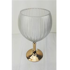 Florero diseño copa con base dorada de 15x14x45cm