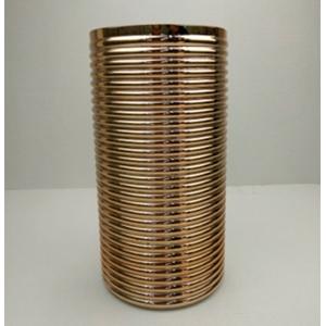 Florero de cristal cilíndrico dorado diseño líneas horizontales de 16x16x31cm