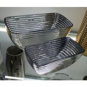 Base de cristal plateado con líneas horizontales de 24x12x9cm