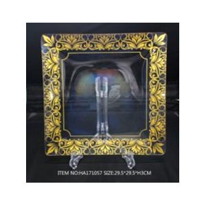 Plato de cristal cuadrado transparente con diseño dorado de 34.5x34.5x3cm