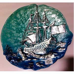 Plato de cristal con diseño barco en mar de 30cm