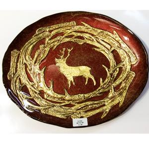 Plato de cristal rojo con diseño de Venado dorado y ramas doradas de 33cm