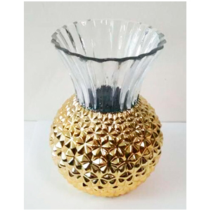 Florero en color dorado con boquilla transparente de 17x27x19.5cm