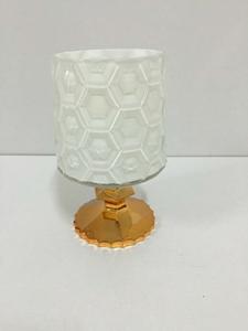Candelabro de cristal cilíndrico diseño rombos con base dorada de 23cm