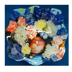 Plato de cristal Ondulado con estampado de flores de 23x23x4.8cm