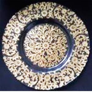 Plato de presentación de cristal con diseño guías de flores dorado de 33cm
