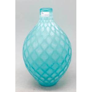 Florero de cristal azul diseño rombos de 17.5x17.5x27.5cm