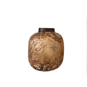 Florero de cristal biselado ambar con flores