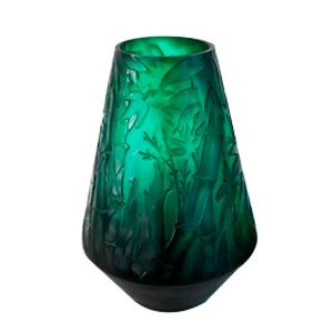 Florero de cristal biselado verde con diseño de bambu