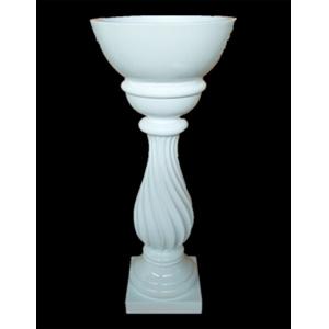 Florero blanco en columna de 41.5x41.5x119.5cm