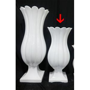 Florero diseño flor blanco de 39.5x39.5x91cm
