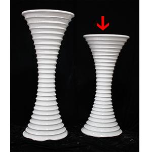 Florero diseño aros de 39x39x101cm