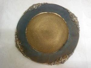 Plato de presentación con grecas terminado oxido de 35x35x2cmcm