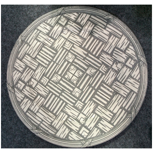 Plato de presentación diseño madera gris con blanco de 35x35x2cm