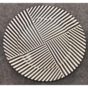 Plato de presentación diseño rayas negras horizontales y verticales de 33x33x2cm