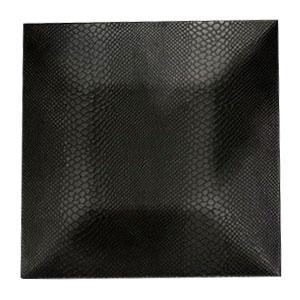Plato de presentación cuadrado negro grabado (cocodrilo) madera de 33x33x2cm